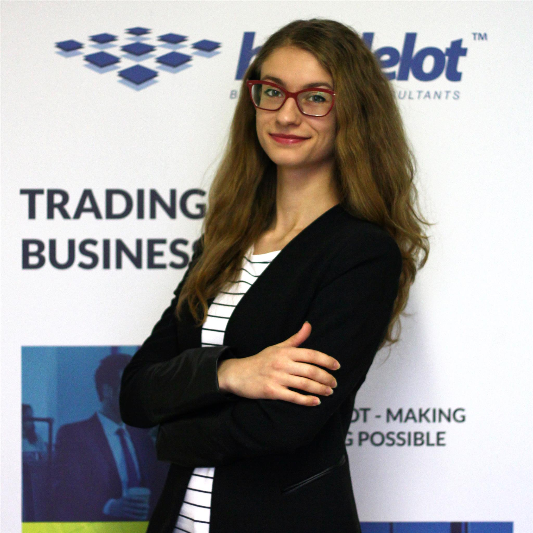Customer Service Ela Kajdzik